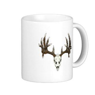 Whitetail deer skull 1 mugs