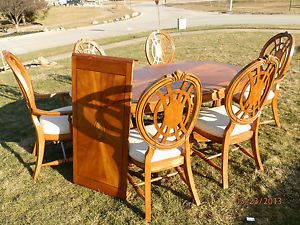 ... American Signature Dining Room Set 6 Chairs Table Lighted China Cabinet  Side B ...