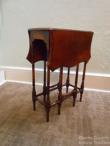 Antique 1920s Custom Burl Walnut Gale Leg Drop Leaf Occasional End Table