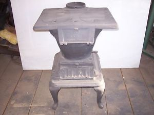 Atlanta Stove Works 19 Antique Wood Cast Iron Small Great End Table