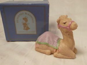 1986 Avon Heavenly Blessings Camel Nativity Collection Porcelain Figurine in Box
