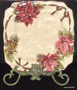 6 222 Fifth Yuletide Celebration Christmas Holiday Poinsettia Dinner Plates