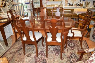 Ethan Allen Georgian Court Cherry Dining Table 6 Chairs Queen Anne
