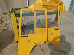 TY15181 John Deere Weather Enclosure Off 318 L G Tractor Used 420