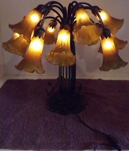 Trumpet Tulip Table Lamp 15 Amber Glass Shades Bronze Color Metal Repro Tiffany