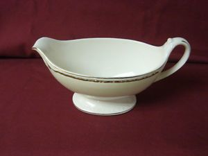 Homer Laughlin China Dinnerware Viceroy Eggshell Georgian G3571 Gravy Boat