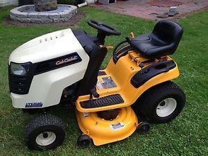 """Cub Cadet LTX1040 Hydrostatic Lawn Tractor Mower 42"""""""