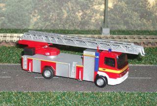 Mercedes Benz MB Atego '10 DLK 23 12 L32 Feuerwehr Herpa 049870 1 87 H0