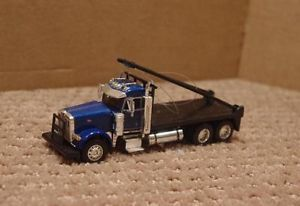 1 64 Custom DCP Peterbilt Oil Field Truck