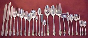 1847 Rogers Bros Silver Plate First Love Silverware Flatware Pieces Your Choice