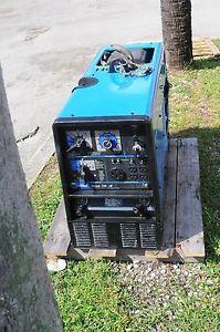 Miller Bobcat 250 NT Welder Generator 250Amp Peak 10K w T Onan 20 5 HP Engine