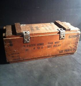 Original Dated 1952 Korean War Bomb Fuze Wooden Ammo Crate Box