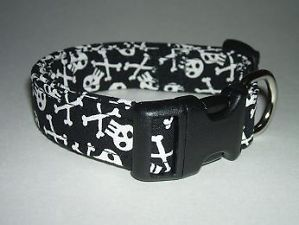 Pirate Skulls and Crossbones Dog Collar Collars S