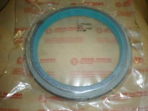 New Genuine Detroit Diesel Rear Main Seal 23519651 for 60 Series Truck Engines