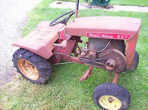 Fairbanks Morse 1 1 2 HP Z Hit Miss Engine Mounted on 607 Wheel Horse Tractor