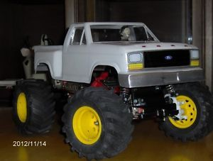 Tamiya Blackfoot RC Truck Roller New Body Imex Dirt Dawg Tires Monster Beetle