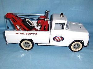 1960's Tonka Wrecker AA Tow Truck Toy w Spare Tire Excellent Condition Complete