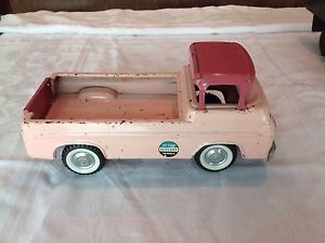 Vintage 1960s Nylint Kennels Pressed Steel Pink Ford Pickup Truck No 6200