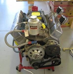 Chevy Small Block Racing Engine Built for Late Model Dirt Race Car
