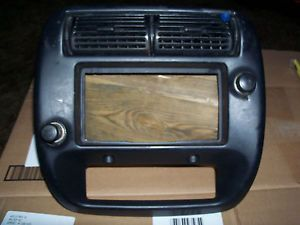 1995 2004 Ford Ranger Explorer and Mountainer Radio Dash Bezel Climate Control