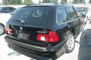 BMW 525i Wagon E39 Interior Door Panel Assembly R F V11069