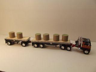DCP Freightliner Double Hay Trailers