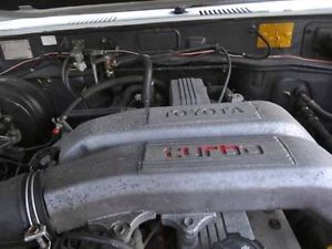 Complete Toyota 4x4 12HT Turbo Diesel Engine with 5 Speed Tran