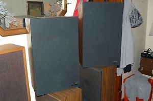 Vintage Fisher Bookshelf Speakers Stereo Pair Excellent Working Condition