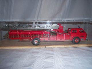 Vtg Franklin Mint American LaFrance Fire Engine Truck 1 32 700 Series