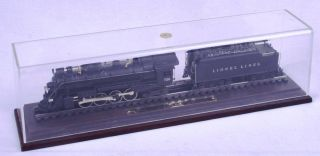 Hallmark Limited Edition HO Scale Lionel 726 Berkshire Engine Tender with Case