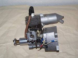 1 29 in ³ 21 2 CC Two Stroke Gasoline RC Aircraft Engine with OS Muffler FF CL