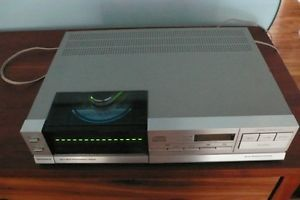 Vintage Magnavox FD3030 Philips CD303 CD Player