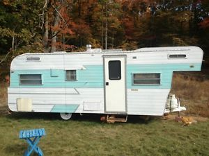 1962 Holiday Rambler Vintage Travel Trailer Camper
