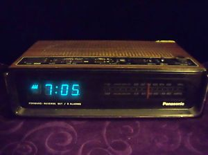 Vtg Panasonic RC 95 Digital Blue Display Dual Radio 2 Alarm Clock Radio