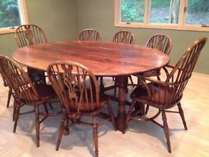 Antique Style Remington Oval Gateleg Dining Table with Chairs