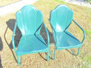 ... Vintage Metal Shell Back Lawn Chairs ...