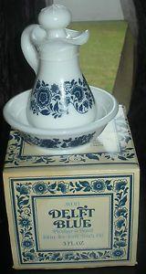 Vintage Avon Delft Blue Pitcher Bowl Skin So Soft Bath Oil Decanter Full Fib