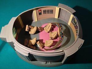 Playmates Star Trek TNG USS Enterprise D Bridge Playset