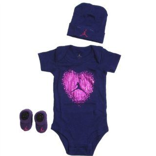 f098ced65b6dbf ... Jordan Baby Cursive Flight 3 Heart Girls Clothing Set 0 6 Months Purple  0 6 M ...