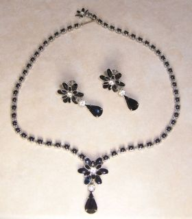 Vintage Weiss Jet Black Flower Rhinestone Necklace Earrings Demi Parure Set