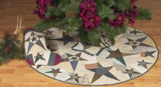 """Primitive Star Country Quilted Christmas Tree Skirt 49"""" Diameter Quilt"""