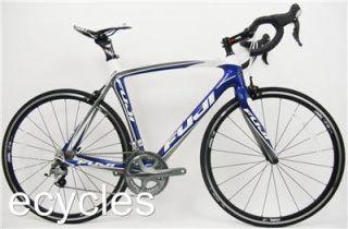 2011 Fuji SST 2 0 Road Bike Large 56cm Midnight Blue White New