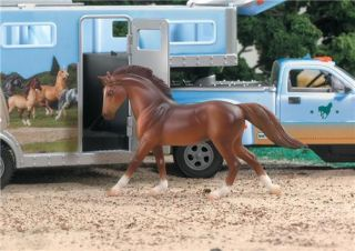 BNIB Breyer Stablemates Scale Model 1 32 Toy Truck Horse Box Trailer 5350