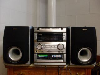 Aiwa Compact Disc Stereo System Karaoke with Remote