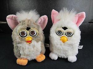2 Working Tiger Electronics Furby Furbies 1998 2