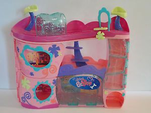 Littlest Pet Shop LPS Cozy Care Adoption Center House Animal Carrying Case Toy