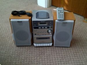 Sony CMT EP313 Shelf Stereo System with CD and Cassette