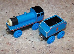 Thomas Train Wood Edward Flat Magnets 1992 Wooden Staples