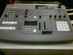 Sony DFS 300 P Video Mixer Switcher PAL