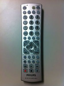 Philips Universal CL034 Remote Control w Batteries